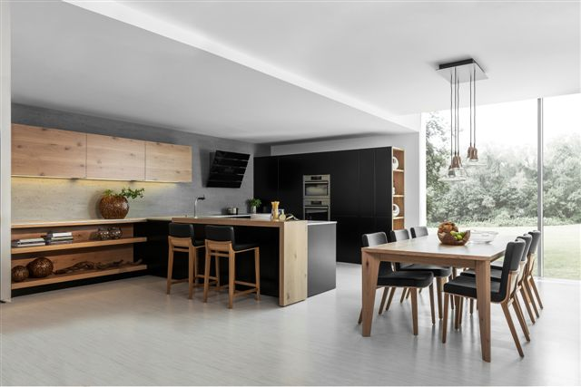 Kuchynské linky: Máte jasno v ich farbe a materiáloch?