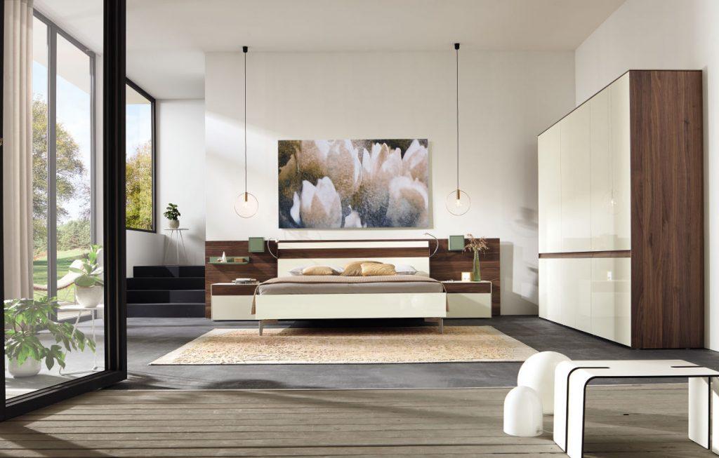 Ako vytvoriť spálňu ako z luxusného hotela? Pomocou svietidiel